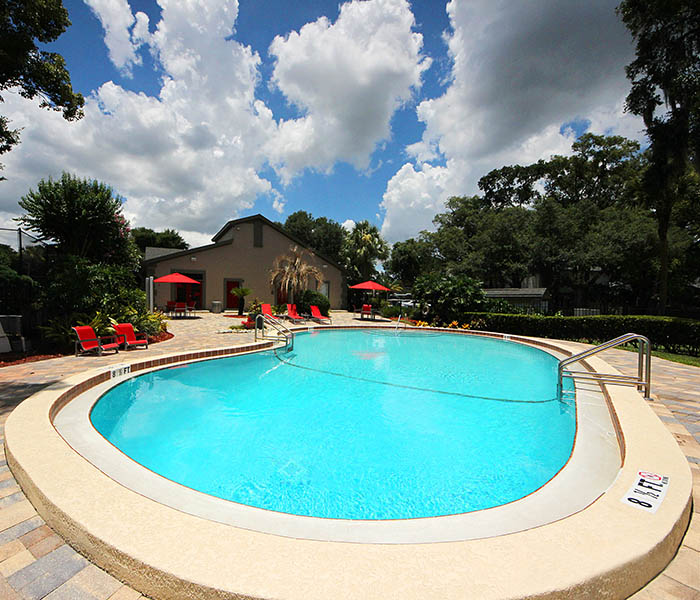 Altamonte at Spring Valley offers an impressive list of features and amenities in Altamonte Springs