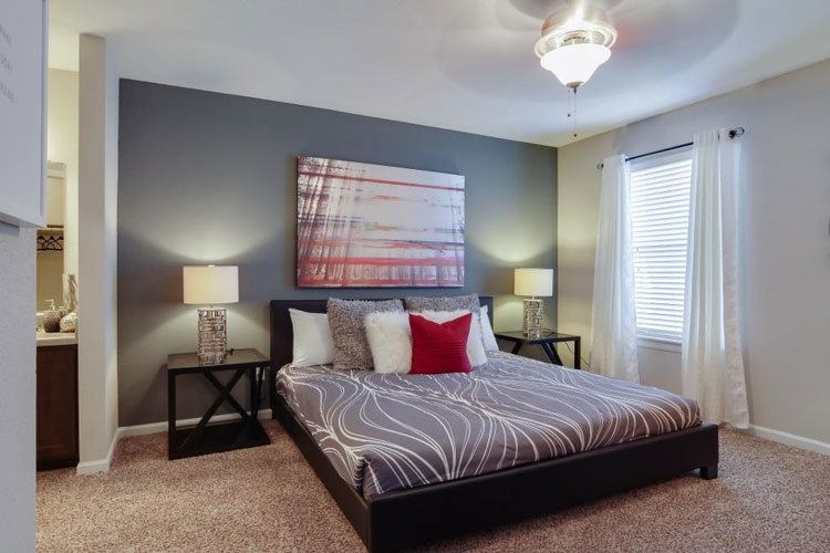 Aurora Place offers spacious 1  2   3 bedroom apartments for rent in HoustonGated 1  2   3 Bedroom Townhomes   Apartments in Houston  TX. Apartments For Rent 3 Bedrooms. Home Design Ideas