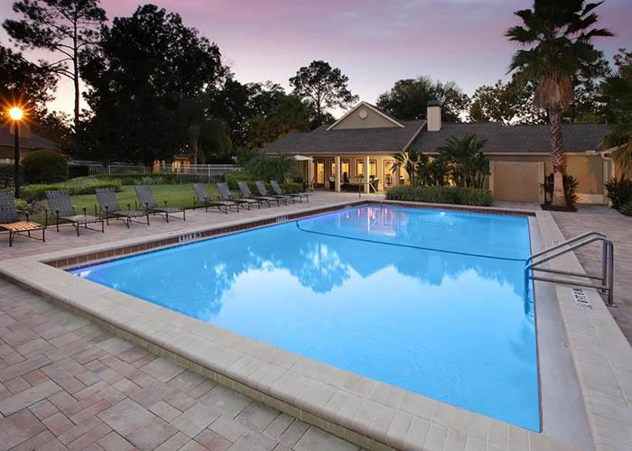 Canopy Apartment Villas offers an impressive list of features and amenities in Orlando