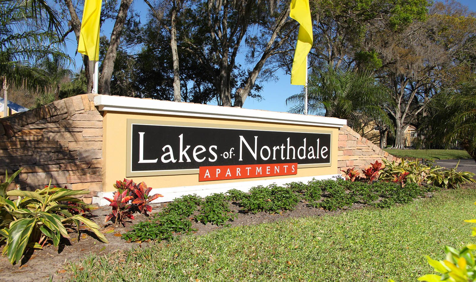 Signage at Lakes of Northdale Apartments in Tampa