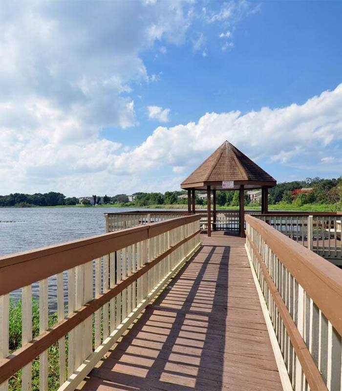 Landmark at Hailey Walk offers an impressive list of features and amenities in Altamonte Springs