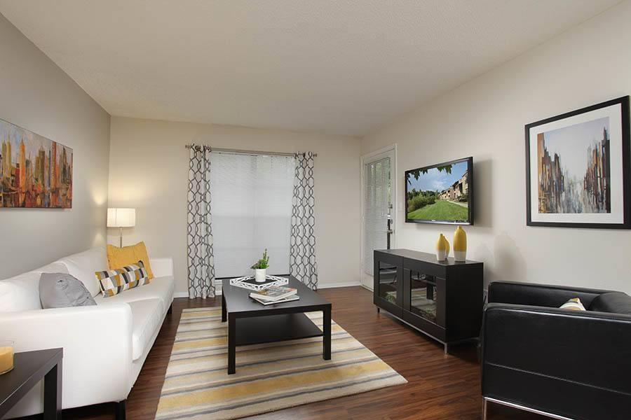 Legend Oaks Apartments Tampa Florida
