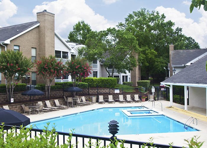 The Brook offers an impressive list of features and amenities in Charlotte