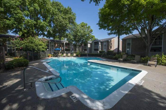 Vantage Point offers an impressive list of features and amenities in Houston