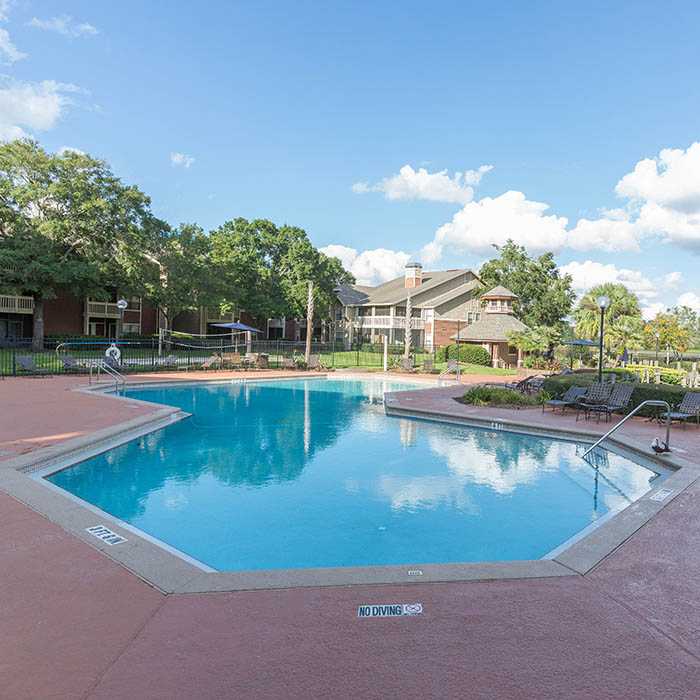 Vista Grande offers an impressive list of features and amenities in Orange Park