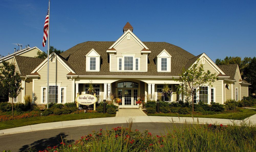 Luxury Apartment Homes at Fox Valley Villages