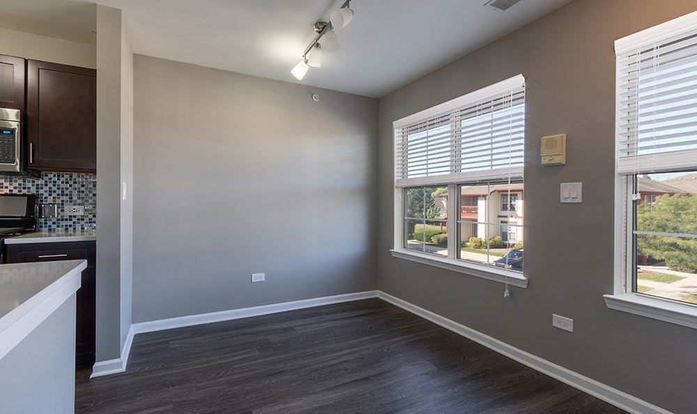 Bedroom Apartments For Rent In Aurora Il