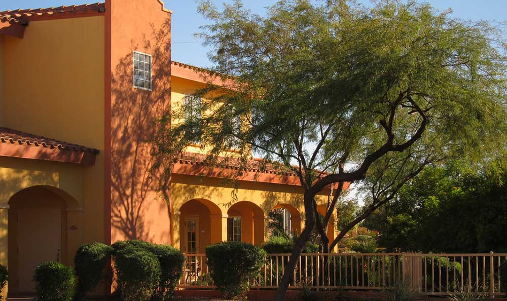 Pennington Gardens is ideally located in the warm and sunny Chandler, Arizona