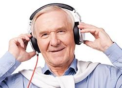 Music Makes Memories | Compass Senior Living