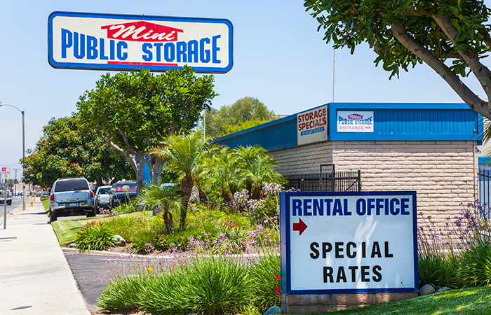 All of our units at Mini Public Self Storage are drive-up units for added convenience!