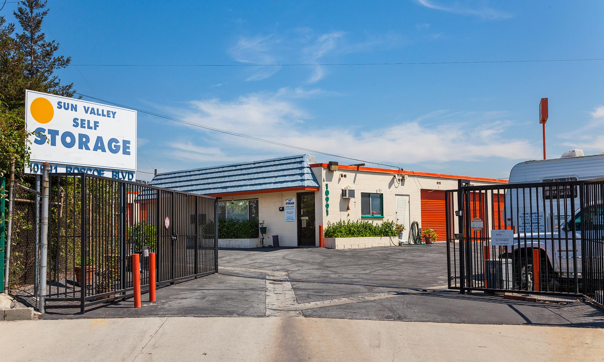 Learn more about self storage in Sun Valley CA.