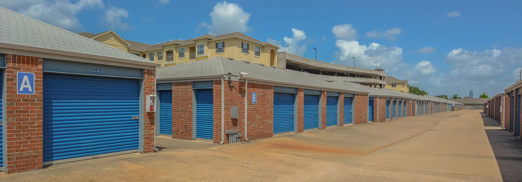 Self storage in Houston TX