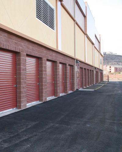 Variety of units sizes and princes at Towne Storage in St George, UT