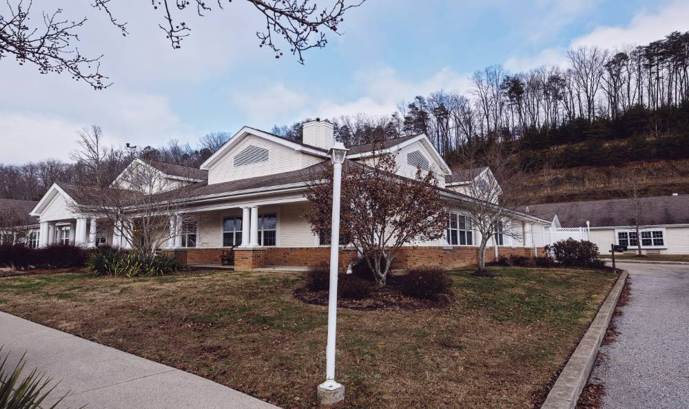 Secure, Home-Like Environment in Broadmore Senior Living at Teays Valley