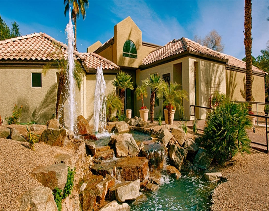 Apartment Exterior at Sedona Ridge