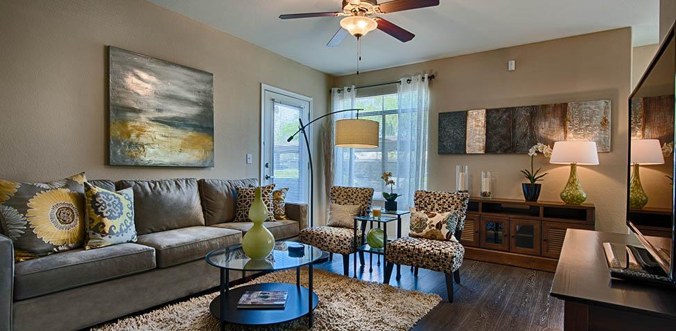 Central Phoenix AZ Apartments The Heritage - Luxury apartments phoenix