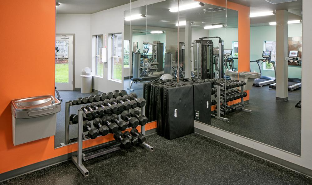 ... Weights Room At The Terraces Apartments In Hillsboro, OR ...
