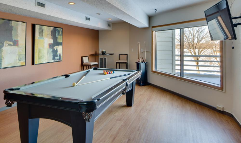 ... Pool Table At Avana On Seven Apartments In St Louis Park, MN ...