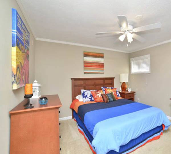 5 West Apartments: Off Campus Student Housing In Auburn, AL