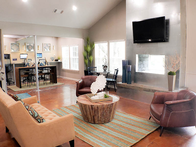 Model Lounge at Madera Residential