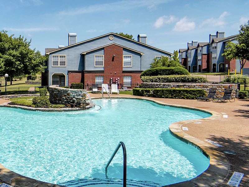 Model Community Pool at Madera Residential