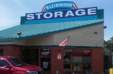 Front of office at Kleinwood Storage