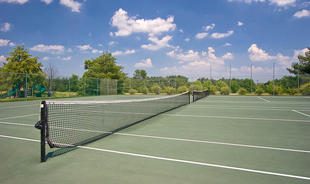 Tennis Court at The Point at Loudoun