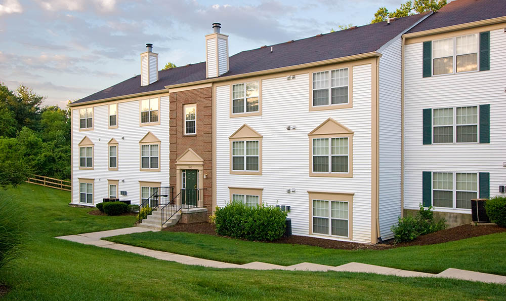 Exterior Of Apartments at The Point at Elkridge