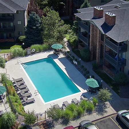 Pool at Arapahoe Club Apartments in Denver