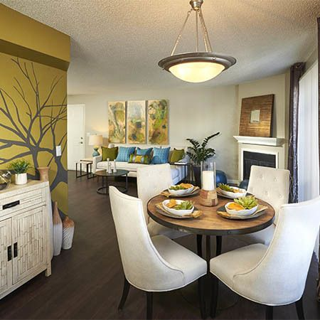 Dining area at Arapahoe Club Apartments in Denver