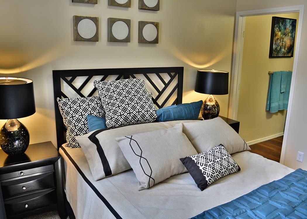 Bedroom at Promenade at Hunter's Glen Apartments in Thornton