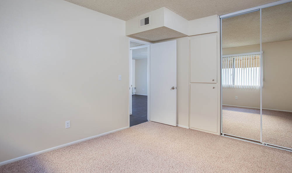 photos of kendallwood apartments in whittier, ca