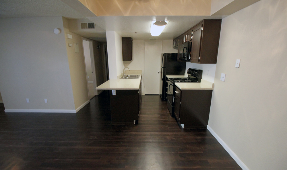 Dining room at Parkside Commons Apartments in San Leandro