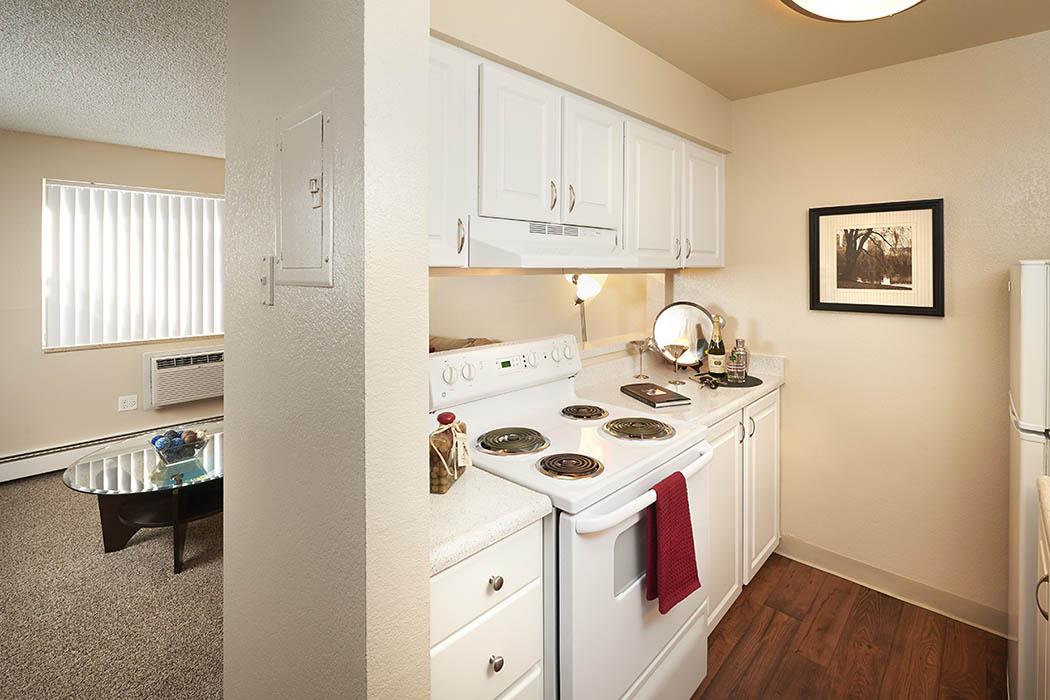 White model home at Mountain Vista Apartments