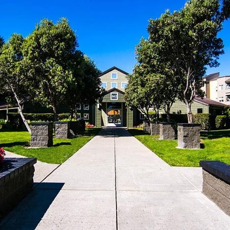 Serramonte Ridge Apartment Homes neighborhood