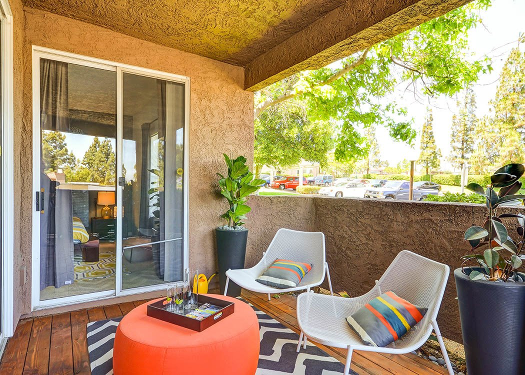 Deck at Sierra Del Oro Apartments in Corona,CA