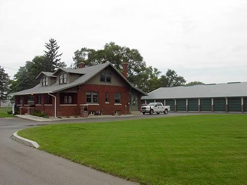 Front Office Of StorSmart-Lakeshore