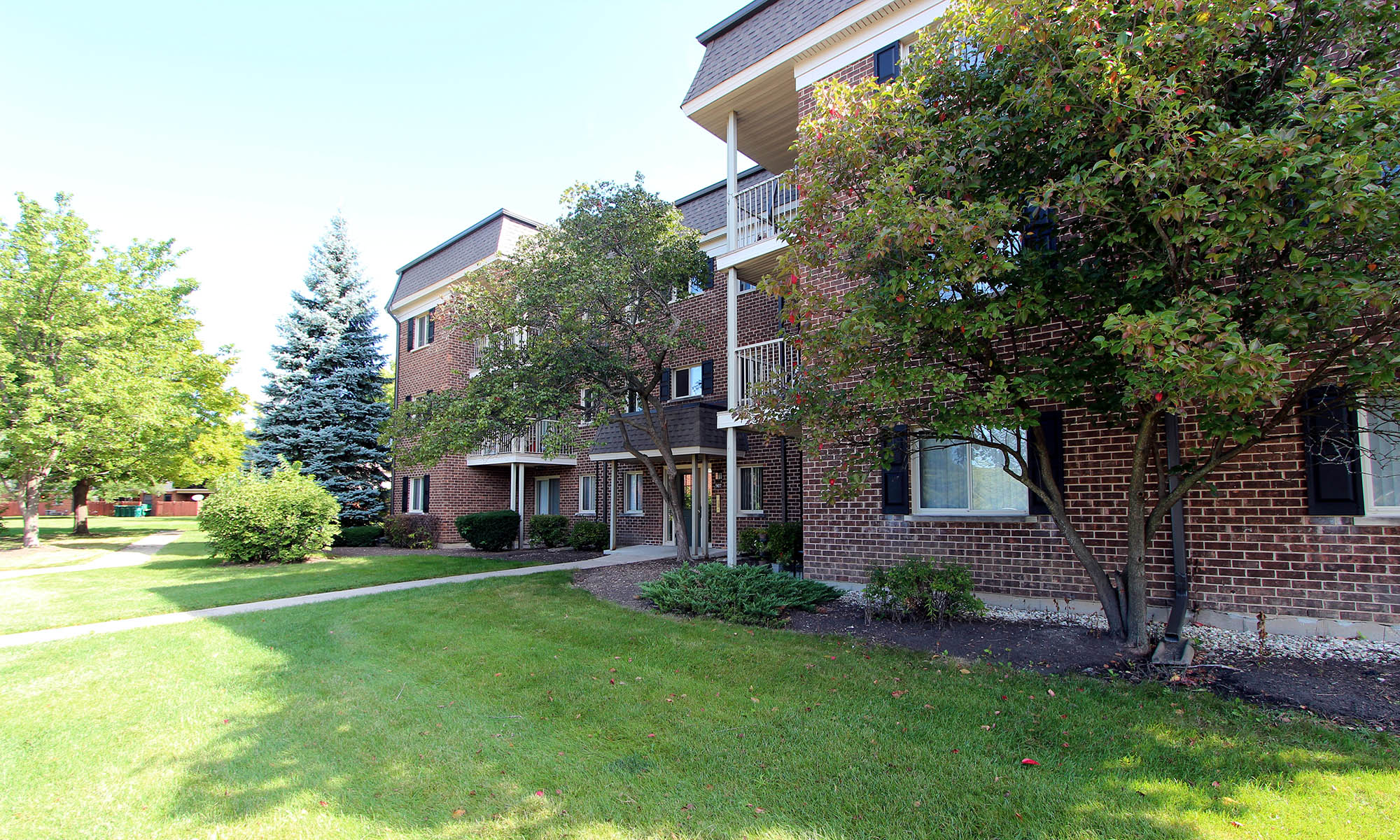 Apartments in Elk Grove Village, IL