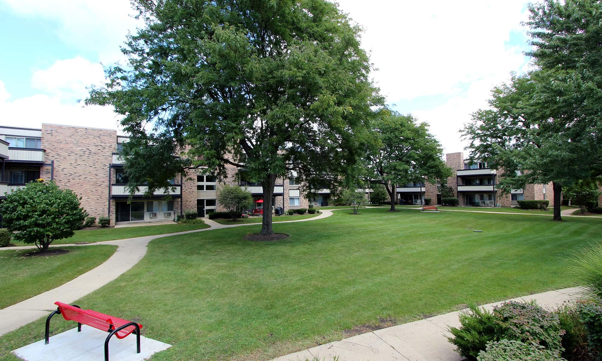 Apartments in Schaumburg, IL
