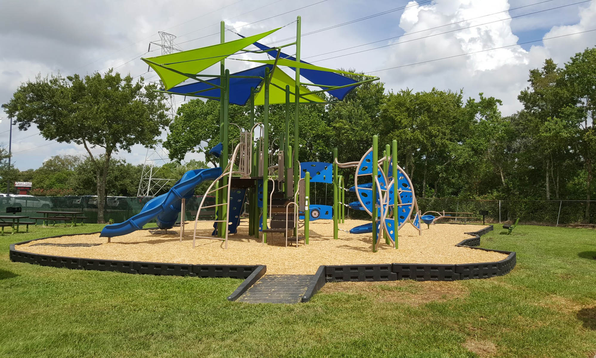 Play structure at Edgebrook Apartments