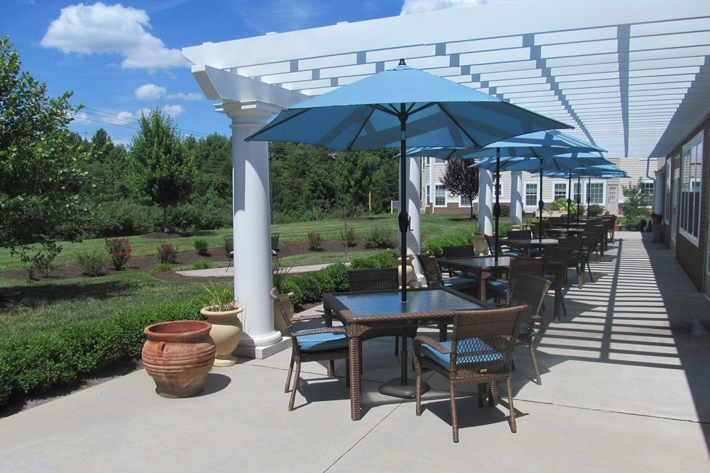 Exterior living spaces at Bentley Commons at Lynchburg in Virginia
