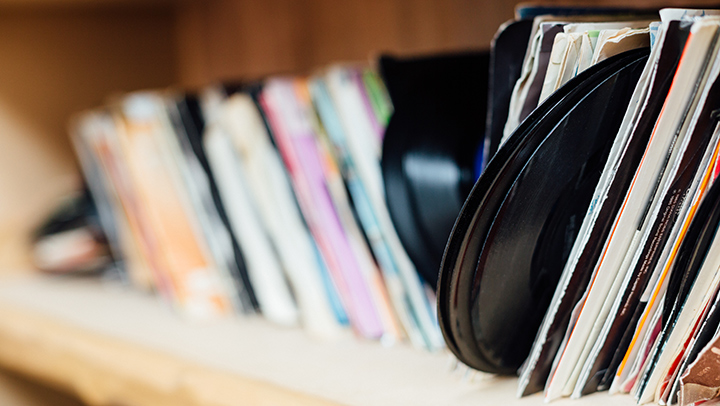 how to store vinyl records properly how to store vinyl records
