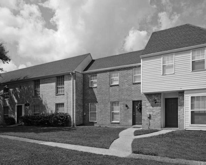 photos of The Mayfair Apartment Homes in New Orleans