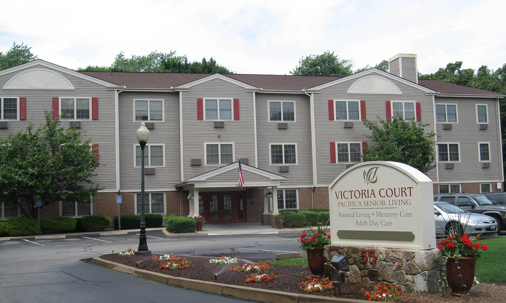 Exterior view of Pacifica Senior Living Victoria Court