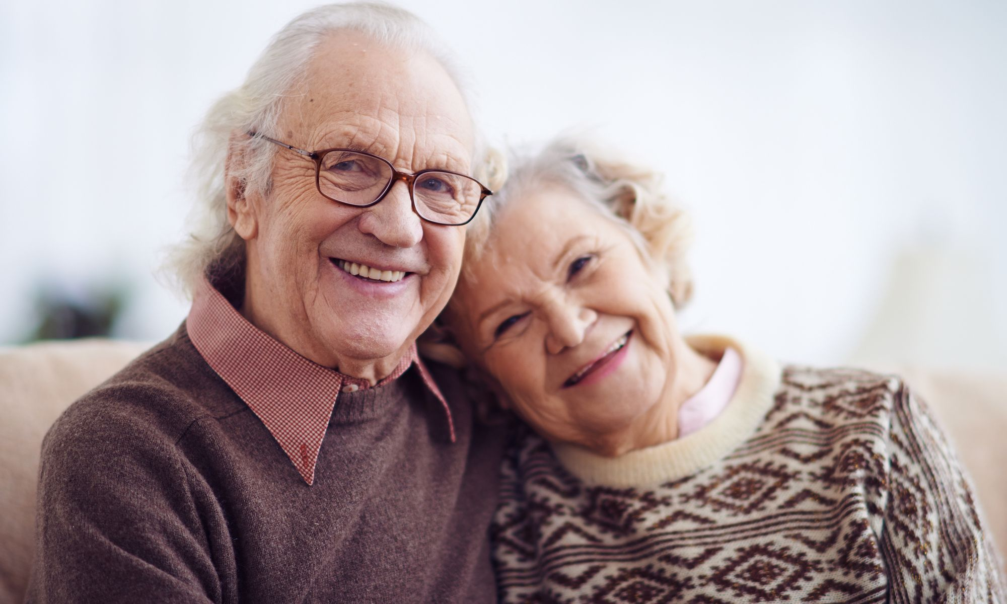 Beautiful couple enjoying the amenities of Pacifica Senior Living Tucson