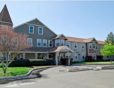 beautiful exterior at Pacifica Senior Living Merced