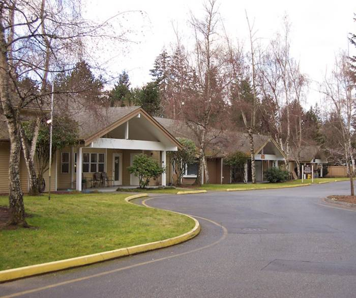 Beautiful surroundings at Pacifica Senior Living Lynnwood