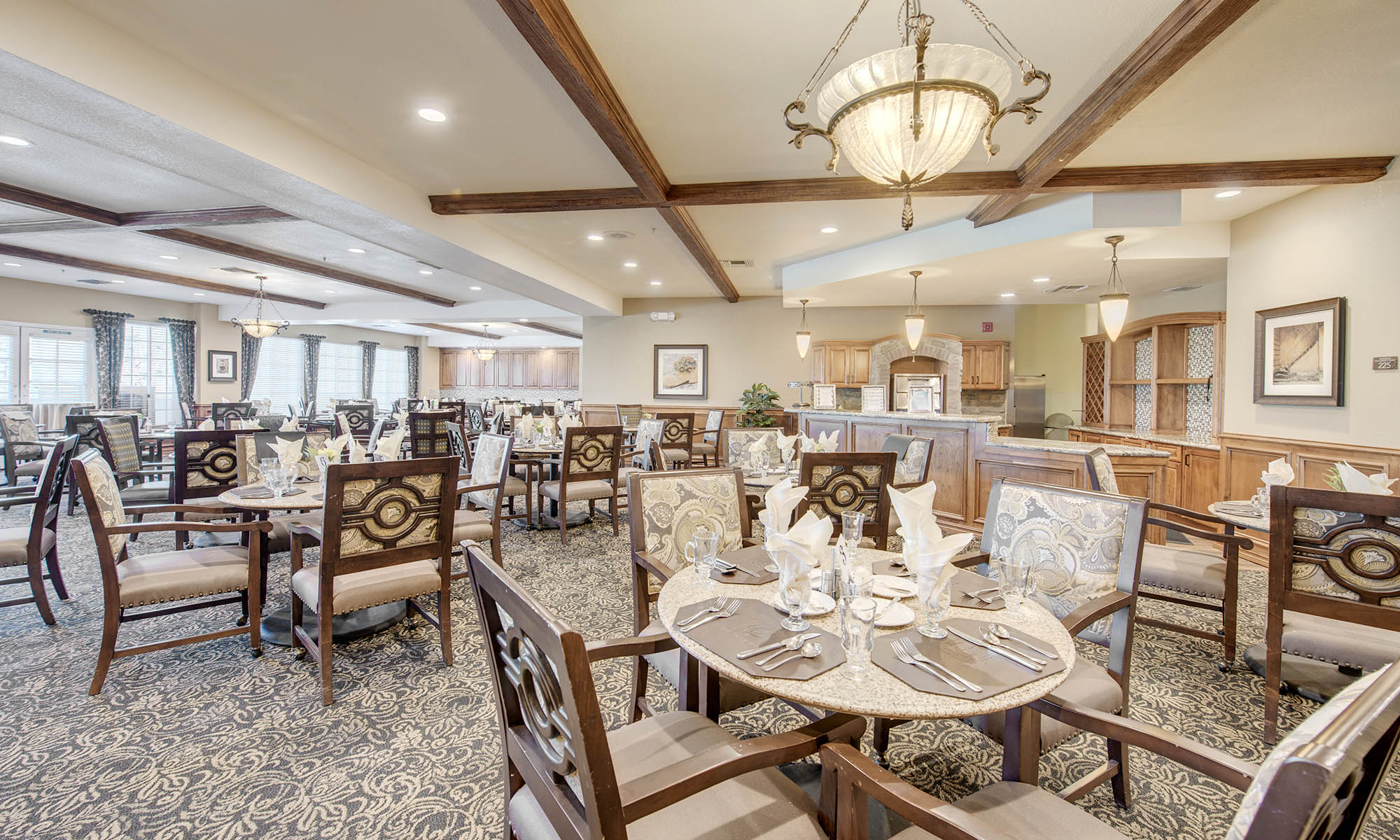 Dining room at The Meridian at Anaheim Hills