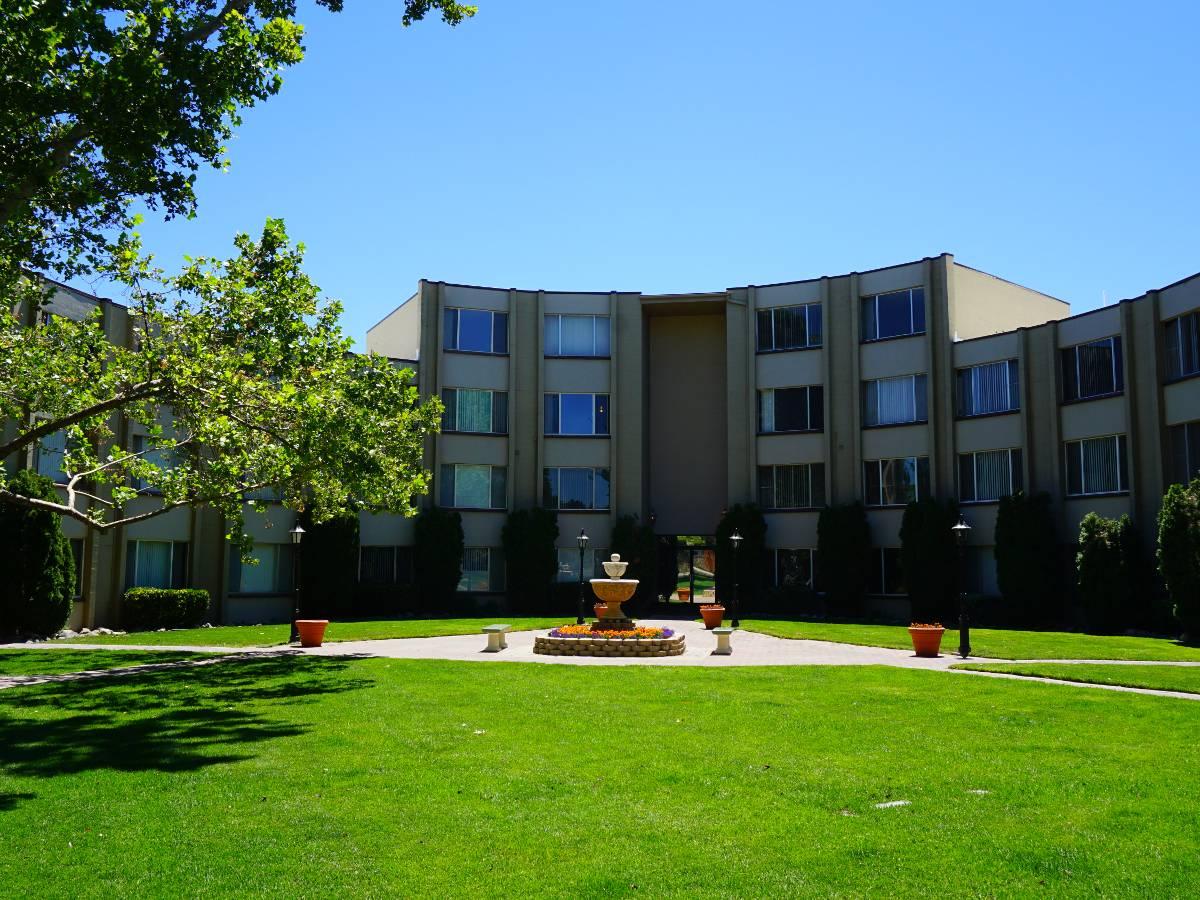 Photos of Regency Park Apartments in Reno, NV