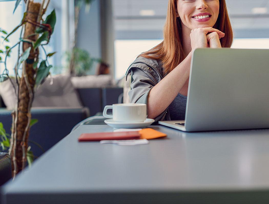 1-800-Self-Storage.com offers amenities including a business cafe